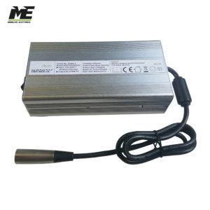 carica batterie 7a per batterie 745