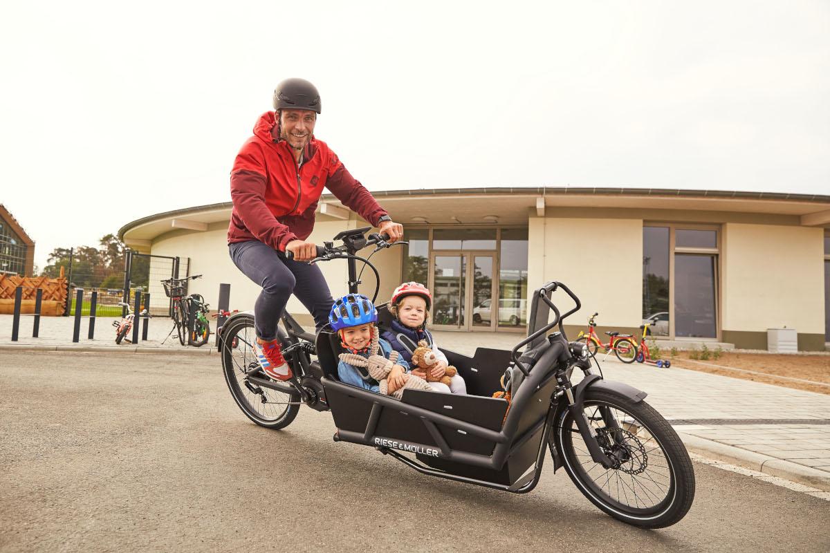 Cargo ebike riese muller bici elettrica bologna 3
