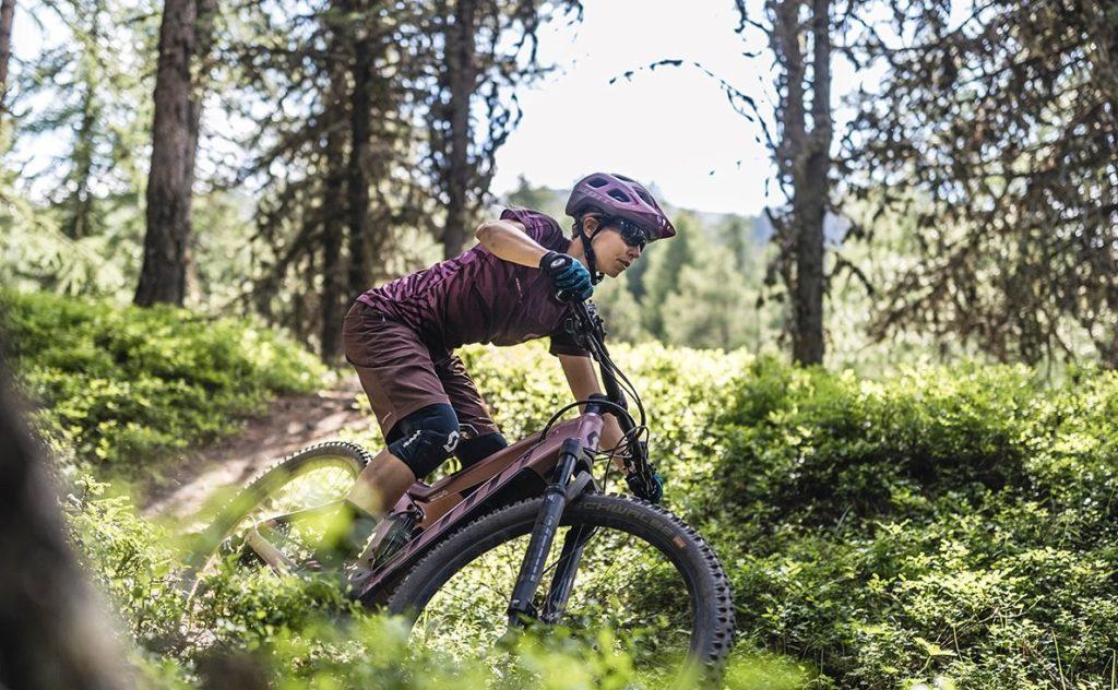 Festa delle donne in ebike bici elettrica