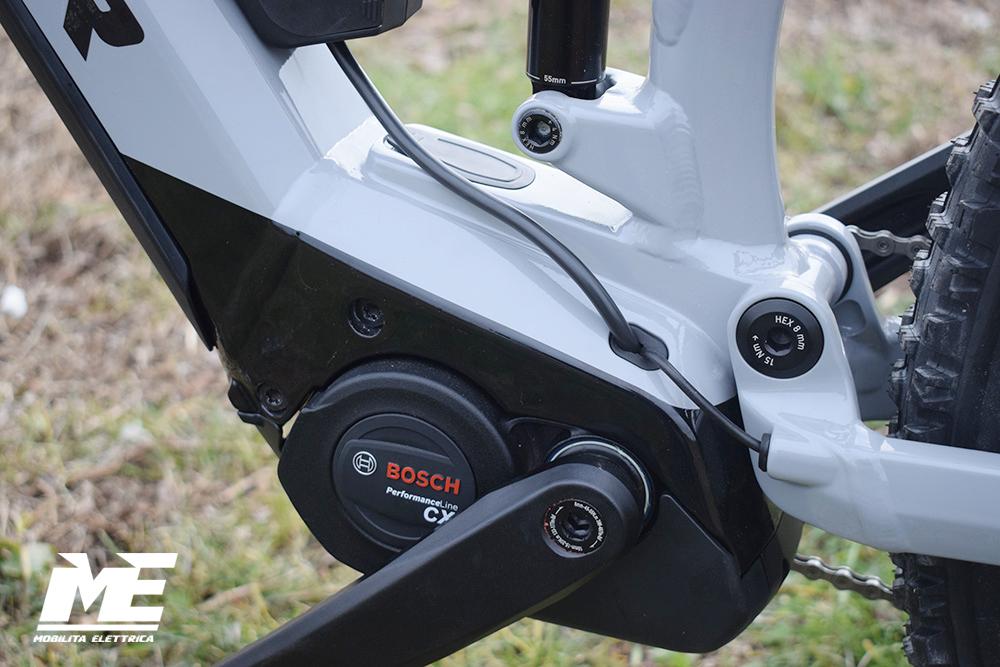 Flyer uproc3 4-10 doppia batteria tech16 ebike bosch bici elettrica bologna mobe